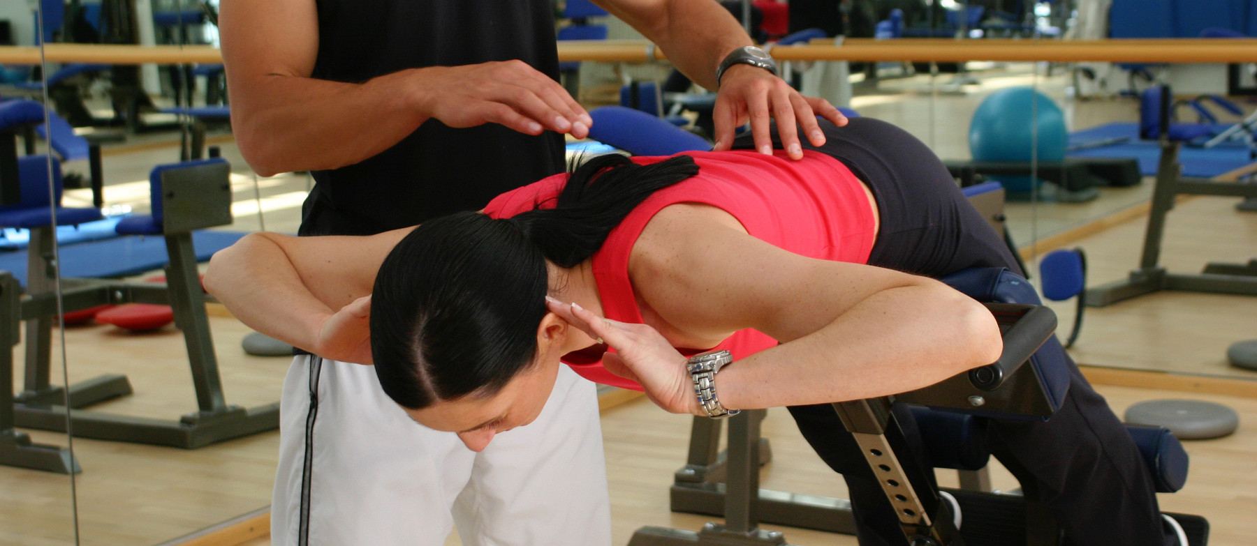 Top 4 easy to follow posture tips from a physio's perspective 1